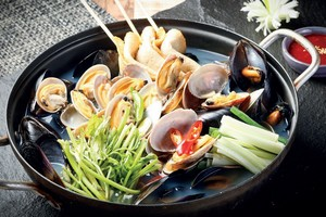 MUSSEL & CLAM SOUP